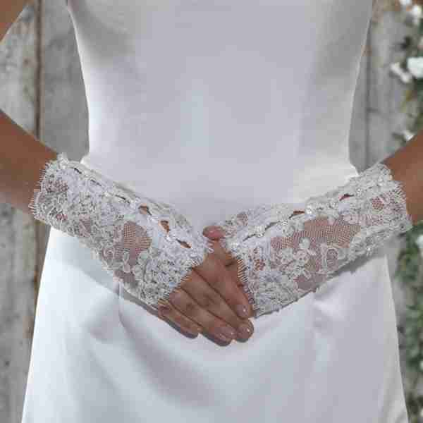 Fingerless Lace Glove With Beaded Buttons Image