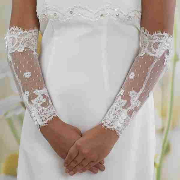 Elbow Length Lace Sleeve With Satin Buttons Image