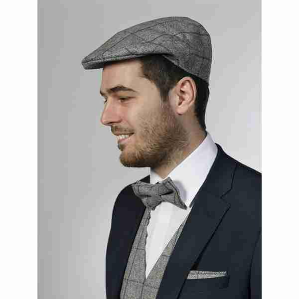 man-with-hat-and-suit-03
